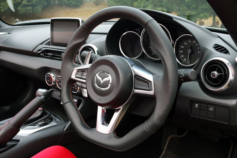 KENSTYLE Steering (All Black Leather) - Mazda Roadster / MX-5 Miata RF NDERC (PE-VPR RS (1997cc))